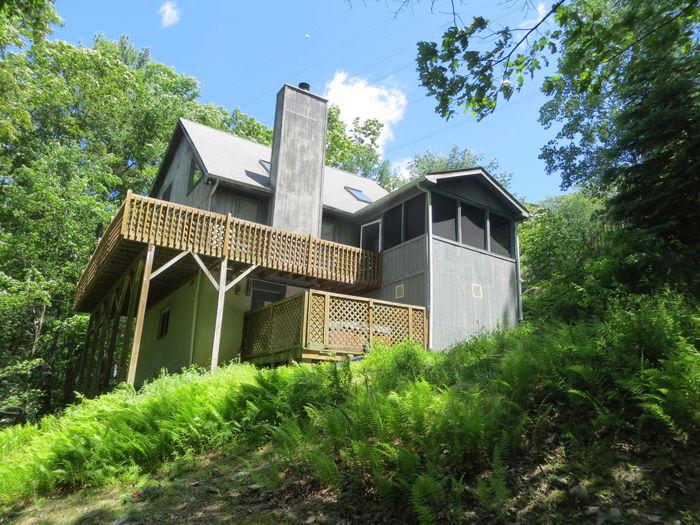 View Mountainside Hideaway