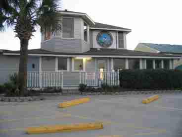 View Gulfhighlands Beach Resort