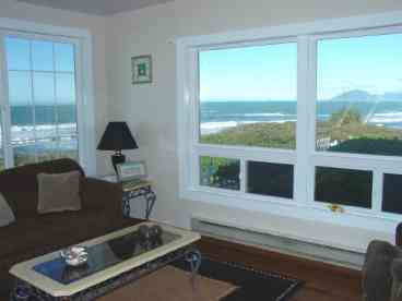 View Oceanfront Sand Cliff Cottage