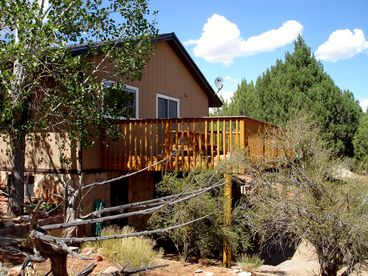 View Secluded Vacation Ranch House on