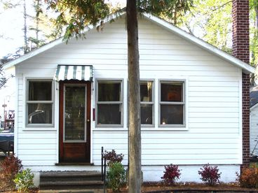 View Tawas Lake Home  Pets OK Remodeled