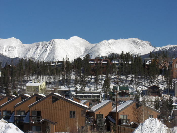View Spacious Ski Condo with Private