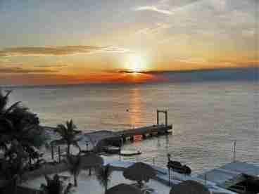 View Casa Tropical at El Cantil