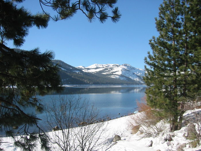 View TRUCKEE VACATION RENTALS NEAR