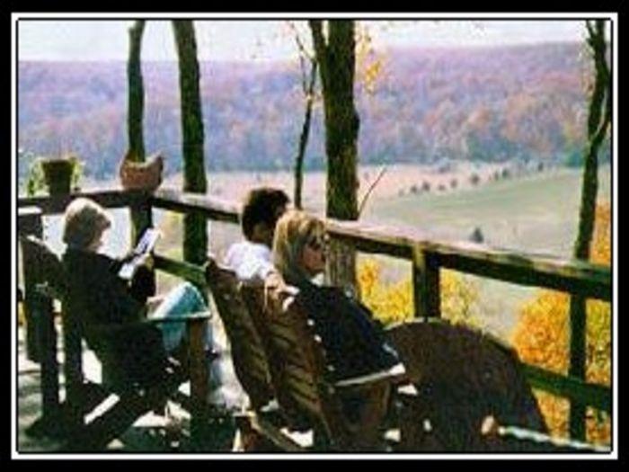 View Rock Eddy Bluff Farm Cottages